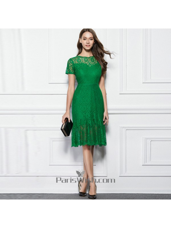 Knee Length Scalloped Lace Green Prom Cocktail Dresses With Low Cut Back